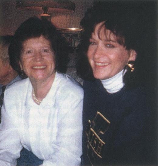 <em>Kathleen Brennan with her daughter, Mary Ellen Hall.</em>