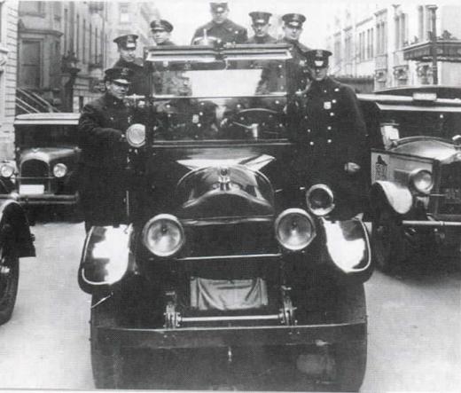 <em>New York City patrol car from the 1920s.</em>