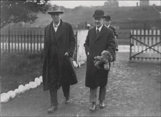 <em>Oliver St. John Gogarty and W.B. Yeats following the releasing of the swans into the River Liffey, 1924.</em>