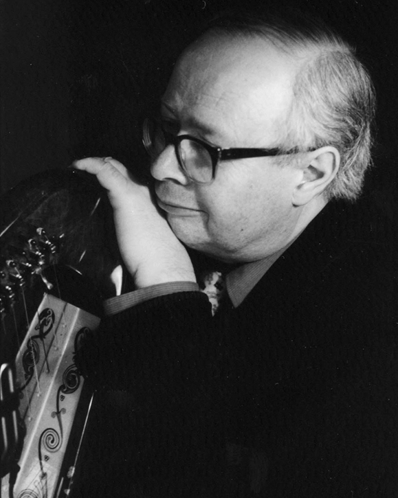 <em>The late Derek Bell, harpist extraordinaire.</em>